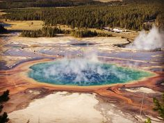Grand prismatic hot spring@ yellowstone
