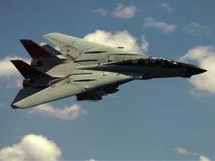 F-14 Tomcat alas cerradas