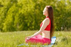 7 yoga postures for happiness Yoga Positionen, Yoga Meditation, Yoga For You, How To Do Yoga, Zumba, Yoga Sutra, Lotus Pose, Cortisol, Best Yoga
