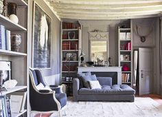 Looking for grey living room ideas? Grey's amazing versatility is what makes it so popular. Find out about grey living room ideas here. Grey Room, Living Room Grey, Living Room Bedroom, Home And Living, Lounge Decor, Furniture Arrangement, Living Room Inspiration, Room Colors, Elle Decor