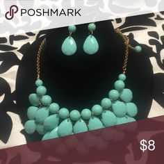 Beautiful Bright Mint Stylish Necklace Set📿 📿Color-Mint📿Necklace & Pierced Earrings No Brand Jewelry Necklaces