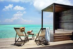 Located on the outskirts of North Ari Atoll, Gangehi Island Resort & Spa features a diving school, spa, and a long sand bank. Maldives Resort, Maldives Travel, Resort Spa, Villas, Beautiful Islands, Beautiful Places, Diving School, Water Villa, Beach Bungalows