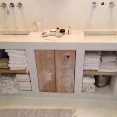Awesome 46 Superb Tadelakt Bathroom Design Ideas For Unique Bathroom. Bathroom Furniture, Bathroom Interior, Modern Bathroom, Small Bathroom, Concrete Furniture, Antique Furniture, Diy Bathroom, Concrete Wood, Interior Livingroom