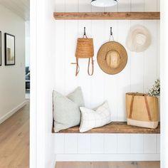 Cheap Home Decor, Diy Home Decor, Room Decor, Style Me Pretty Living, Mudroom, Entryway Decor, Foyer, Sweet Home, House Design