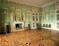 Charles Cameron (designer).Interior of the Green Dining Room, the Catherine Palace. 1780s.    Russian neoclassical interior.    The Catherine Palace.Tsarskoye Selo, Pushkin, Russia.
