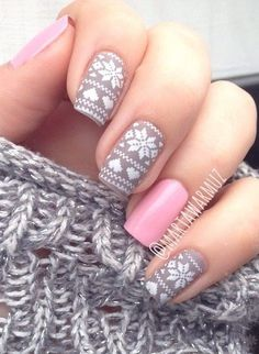 Snowflake Winter Nails