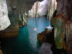 Sawa-i-Lau Cave (Fiji)—The Blue Lagoon filming location Blue Lagoon Movie, Fiji Holiday, Travel To Fiji, Underwater Caves, Oh The Places You'll Go, Places To Visit, Future Travel, Dream Vacations, Adventure Travel