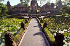 Ubud Water Palace (Pura Taman Saraswati).