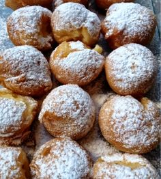 Buñuelos de viento Pan Dulce, Canapes, Churros, Food Styling, Baked Goods, Donuts, Biscuits, Sweet Tooth, Tasty