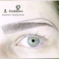 Eyebrow Makeup Tips, Permanent Makeup Eyebrows, Eye Makeup Steps, Eyebrow Styles, Eyebrow Design, Microblading Eyebrows Training, Phibrows Microblading, Mircoblading Eyebrows, Phi Brows