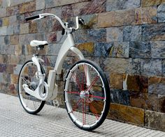 GI Bike by Agustin Augustinoy, folds up, anti theif locking system which locks with Smartphone, has usb port, electric assist
