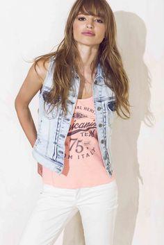 Vest, Denim, Jackets, Women, Fashion, Down Jackets, Moda, Fashion Styles, Fashion Illustrations