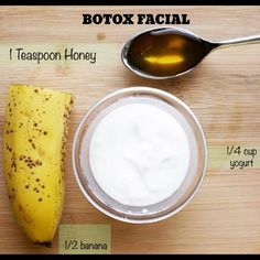 Better than Botox Anti-Aging Face Mask! Better than Botox Anti-Aging Face Mask! It's really simple and it helps to tighten and firm the skin. Anti Aging Face Mask, Anti Aging Skin Care, Natural Skin Care, Natural Face, Natural Beauty, Beauty Secrets, Beauty Hacks, Beauty Products, Diy Beauty