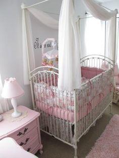 bratt decor's venetian crib