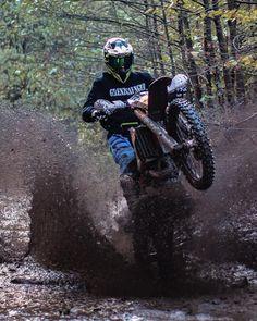 Off road and off track Motocross Love, Enduro Motocross, Motocross Girls, Motorcycle Images, Motorcycle Dirt Bike, Pit Bike, Dirt Biking, Bike Photography, Motocross Photography
