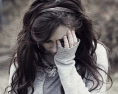 Google Image Result for http://4.bp.blogspot.com/-bgmk1sNsRh8/T-8YAAGAoyI/AAAAAAAADD8/GY507fr97U4/s640/sad-love-hurts-alone-girl-miss%2Bu%2Bromantic%2Bkiss%2Bwallpapers%2B(7).jpg