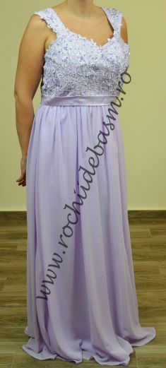 Rochie de seara lila, cu broderie #rochiidesearalila #rochiidesearacuaplicatii #lilaceveningdresses