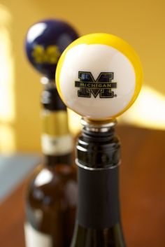 University of Michigan - Bottle Stopper - White and Maize Stripe