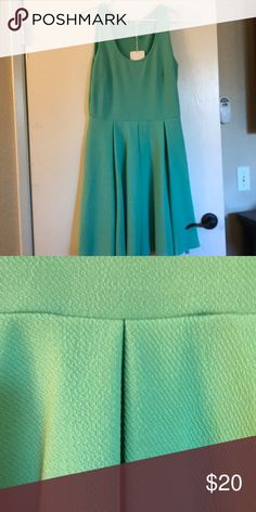 Mint party dress Really pretty mint dress comes to the knees. Never worn with tags. White Mark Dresses Midi