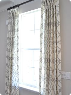 EUC West Elm Carved Circles Window Panel 1 Drape Curtain Gray White 96 69ea