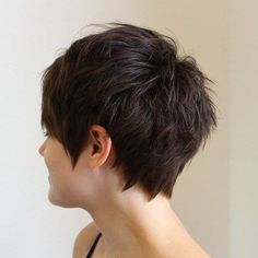 70 Overwhelming Ideas for Short Choppy Haircuts Brunette Choppy Pixie Choppy Pixie Cut, Messy Pixie Cuts, Short Choppy Haircuts, Choppy Layers, Layered Haircuts, Medium Short Hair, Short Hair Cuts, Short Hair Styles, Haircut For Older Women