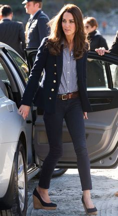 Duchess of Cambridge, Kate (Middleton) Windsor. Check out navy blazer and navy gingham shirt ...