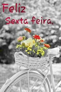 Color Splash, Black And White Colour, All The Colors, Flower Art, Photo Art, Dandelion, Cool Photos, Table Decorations, Flowers