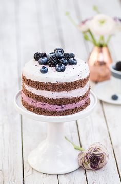 chocOlate biscuit blackberry blueberry cream ombre cake