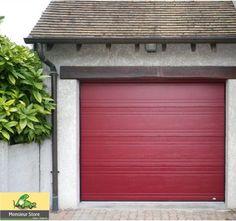 Porte de garage sur mesure sectionnelle plafond motorisée, lisse double nervure.