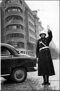 Antigua foto del guardia urbano MADRID