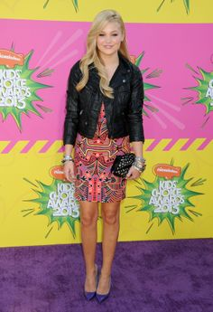 Click image to close this window Kids Choice Awards 2014, Olivia Holt, Celeb Style, Celebs, Celebrities, Red Carpet, Sequin Skirt, Pumps, Girls