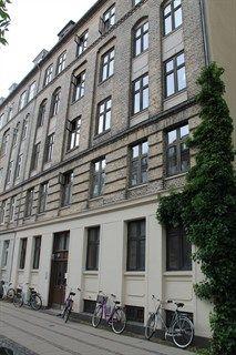 Folkvarsvej 12, st. tv., 2000 Frederiksberg - Rummelig 2V-andel i Svømmehalskvarteret #frederiksberg #københavn #andel #andelsbolig #andelslejlighed #selvsalg #boligsalg