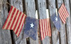 4th of July flag burlap banner from Etsy. I have a love affair with Etsy:) This is really cute.