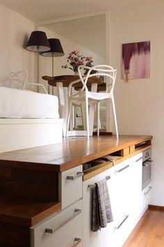 9畳の狭小住宅のスキップフロアベッド2