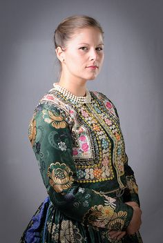 Folk Costume, Costumes, Traditional Dresses, Art Photography, Product Launch, 1, Culture, Patterns, History