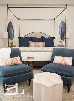 one. A beautiful collection of rooms by this designer. two. Great inspiration for hanging family photos on your walls. (original image source) three. Great mix in this Park Avenue apartment. four. A DIY art project using a batik stencil. five. Really good tips for hanging art (including gallery walls in progress) in …