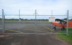 Chainwire fencing has always been a popular type of fence. Chainwire fencing is used around tennis courts, industrial and office buildings and schools. Fencing Supplies, Mesh Fencing, Types Of Fences, Chain Link Fence, Pvc Coat, Wire Fence, Zig Zag Pattern, Gates, Security Fencing