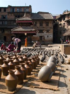 Pots for sale, Bagmati, Nepal Copyright: Eugene Ward