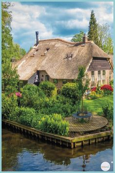 Voyages Giethoorn Village Hair Loss and Supplements Copyright 2006 Mary Desaulniers It wasn't until Destination Voyage, World Traveler, Wonders Of The World, Places To See, Beautiful Places, Vacation, Architecture, House Styles, Voici