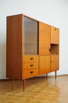 60er teak highboard kommode schrank danish design 60s credenza cabinet sideboard ebay i love. Black Bedroom Furniture Sets. Home Design Ideas