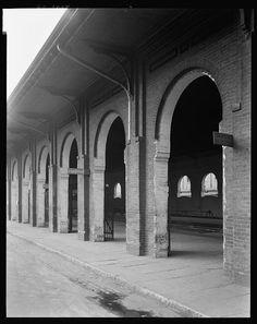 Train shed, Railroad Street, Savannah, Chatham County, Georgia, ca. 1939-1944.  Now the Savannah History Museum.