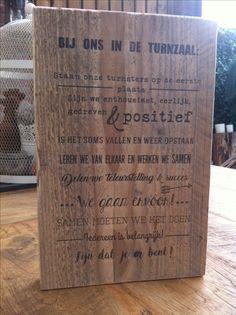 Leuke tekst op steigerhout