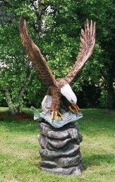 Bald Eagle w/ Fish  Tree Wood Carvings