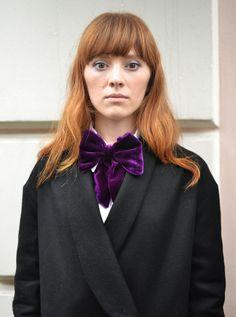 girls stuff, women's fashion, violet, velvet, bow tie, women's bow tie, velvet bow tie, my photo, street style, fashion