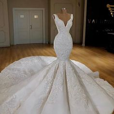 Elegant Sexy V Turkish Islamic Wedding Dresses 2019 New Lace Bridal Dress Arabic Gelinlik Kaftan Bridal Gowns Vestido de noiva Wedding Gown A Line, White Lace Wedding Dress, Bridal Wedding Dresses, Dream Wedding Dresses, Bridesmaid Dresses, Pear Shaped Wedding Dress, Mermaid Wedding Gowns, Wedding White, Dress Lace