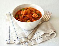 Warm & Cozy Spanish Style Cauliflower, Potato & Chickpea Stew