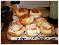 Garlic Bread bowls filled with Spaghetti #Recipe