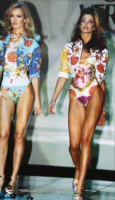 Karen Mulder & Stephanie Seymour for Versace (90s)- catwalk - runway…