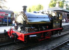 Newly overhauled Battlefield Line based 0-4-0 Bagnall saddle tank, Linda, simmers at Shackerstone. (29th October 2006 - Photo by Sam Brandist)
