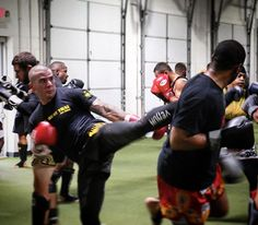 ✨ s p a r  w a r s ✨  cc. @brattelli  -- #tagmuaythai #thaiboxing #muaythai #muaythailife #muaythaifighter #mma #muaythaitraining #trainhard #legday #sparring #maryland #VA #DC #boxing #motivation #vsco #sparwars #kick